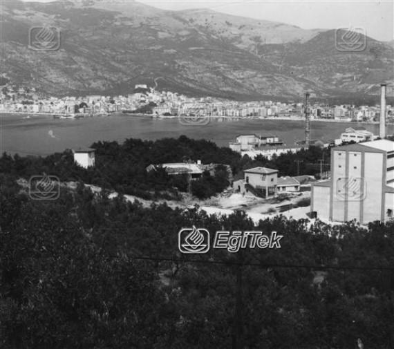 Gemlik, Körfez ve Sümerbank Fabrikası 1983